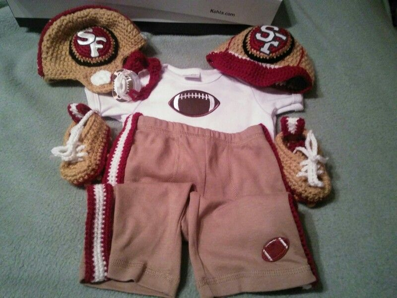 Crochet forty-niners baby outfit
