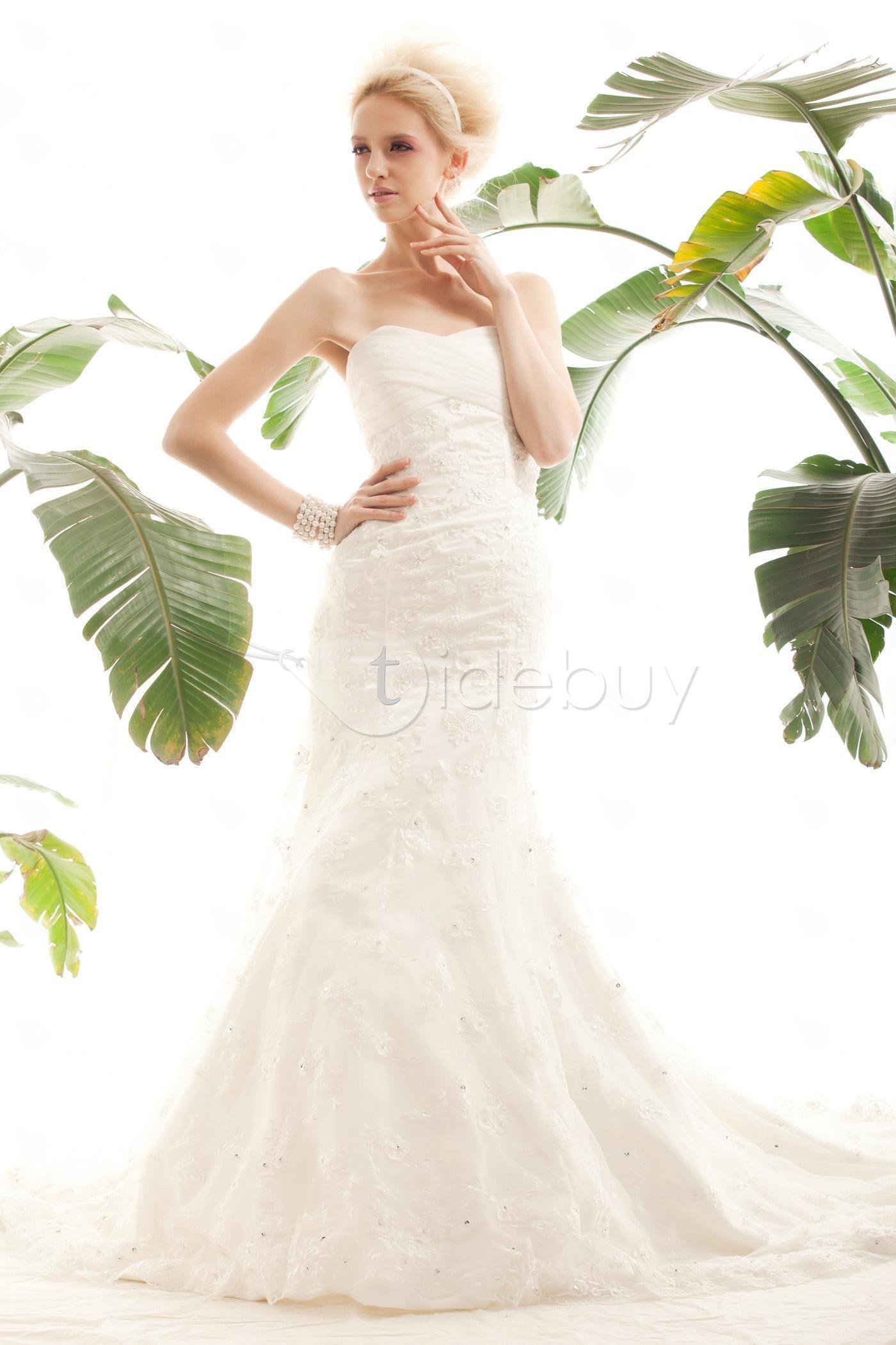 Elegant Trumpet/Mermaid Sweetheart Court Train Lace Nastye's Bridal Wedding Dress