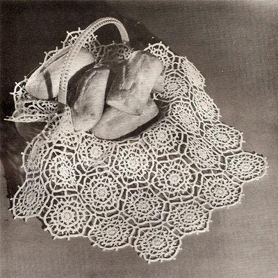 crocheted runner | Crochet Doily Table Runner PDF Pattern 25 inch ...