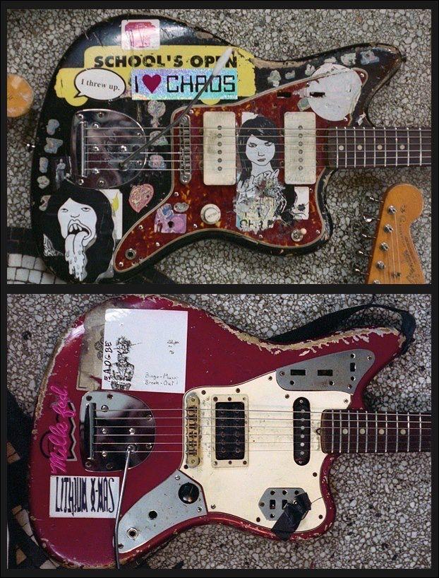 thurston moore s 61 fender jazzmaster kim gordon s 66 fender jaguar guitars in 2019 guitar. Black Bedroom Furniture Sets. Home Design Ideas