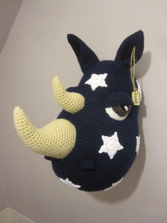 laine crochet norme mont troph e peluche t te rocket marines toiles blanches rhino. Black Bedroom Furniture Sets. Home Design Ideas