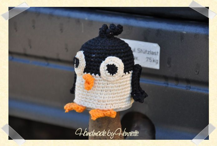 Penguin tow ball cover, crochet