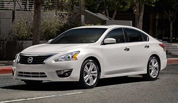 2016 Nissan Altima Front View www.imperionissangardengrove