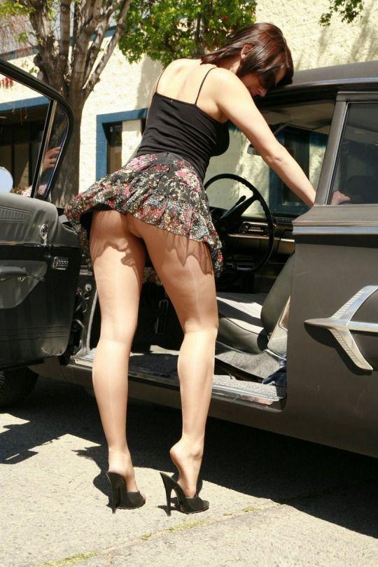 Walking Short Mini Skirt