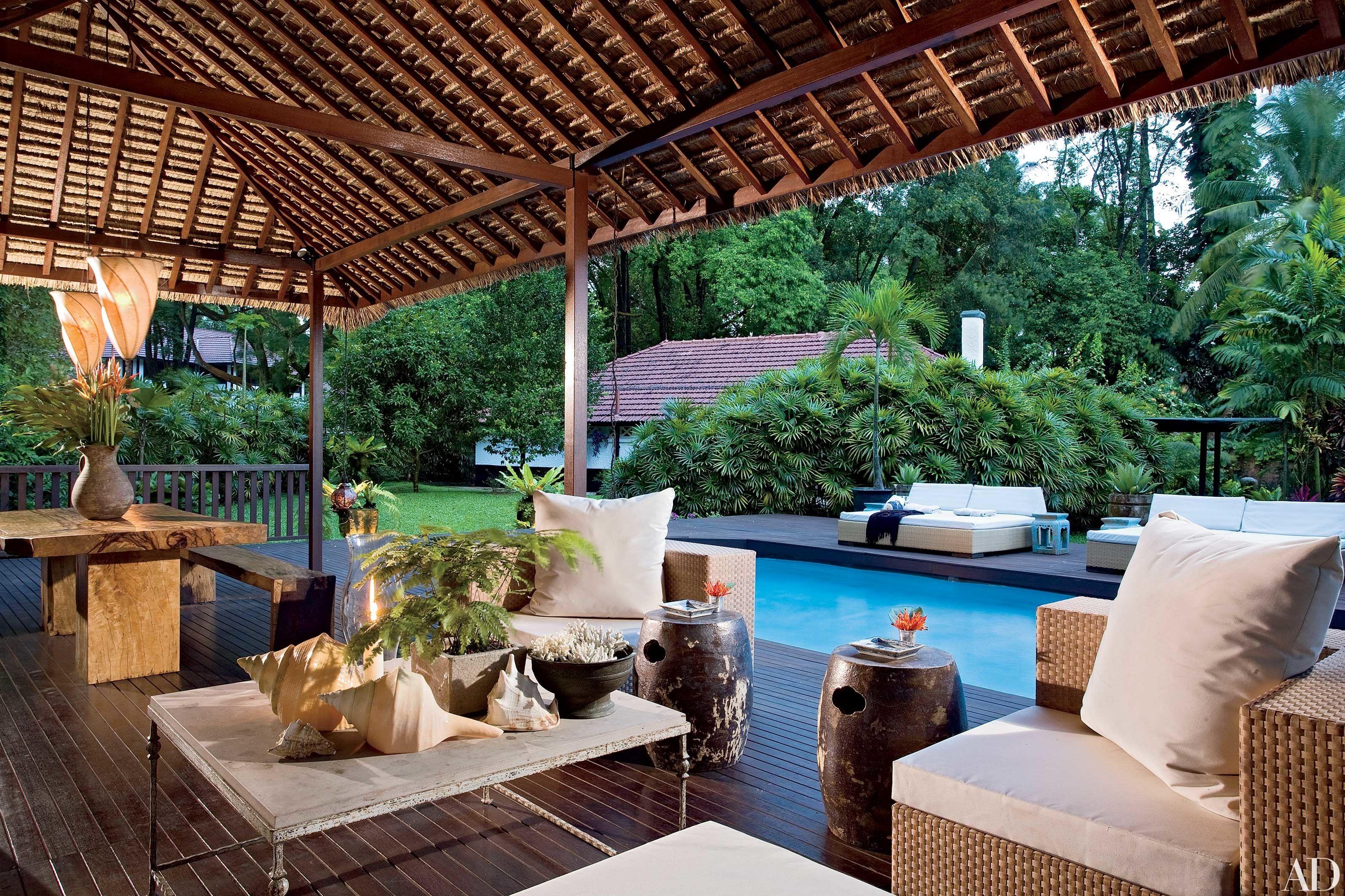28 Luxurious Indoor-Outdoor Rooms   Indoor outdoor ... on Cc Outdoor Living id=53583