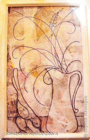 Картина панно рисунок Папье-маше. Некоторые этапы работы: ДВП оклеила салфетками, нанесла рисунок,
