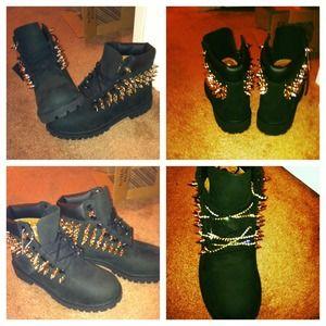 Image of Black Custom timberlands no fur (juniors) | Boots