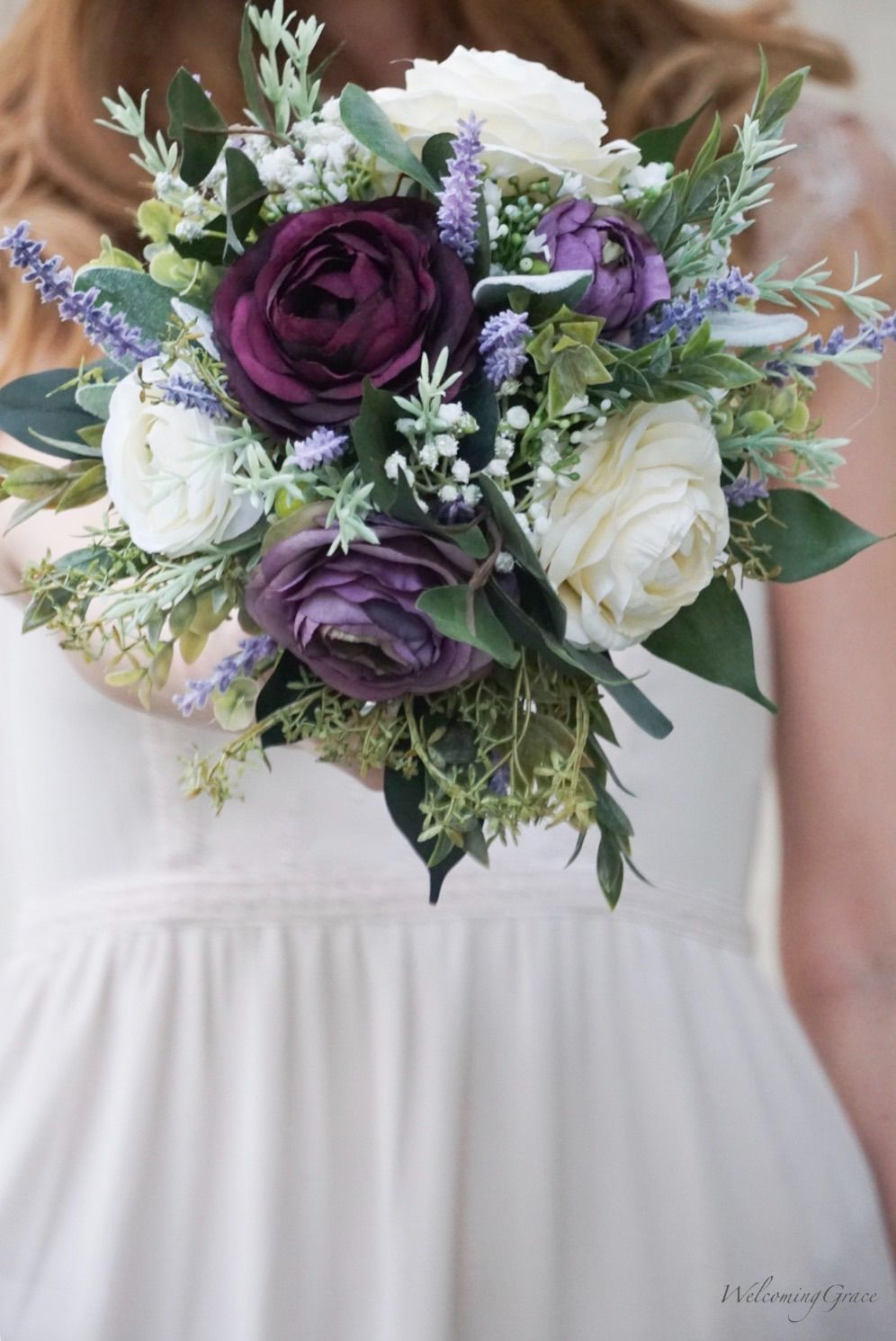 Ranunculus & Lavender Bouquet  #purpleweddingflowers
