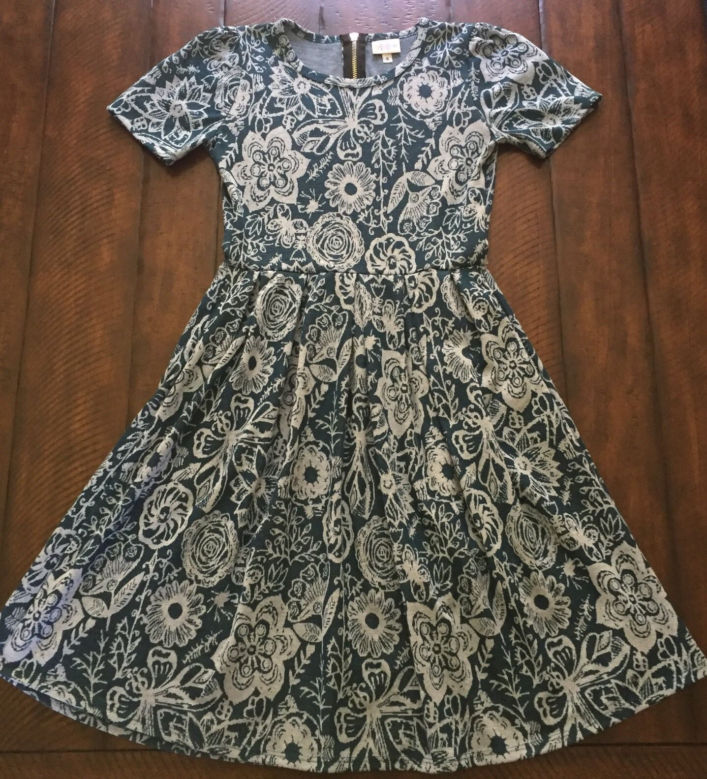 $  45.00 (32 Bids)End Date: May-15 08:46Bid now  |  Add to watch listBuy this on eBay (Category:Women's Clothing)...