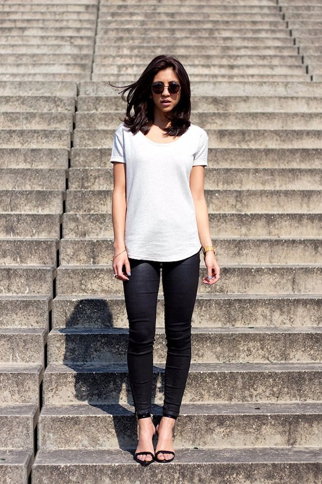 round sunglasses, grey tee, black skinny pants & ankle strap ...