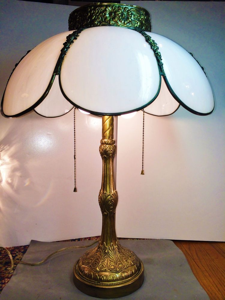 9525a86e9b7f ANTIQUE VICTORIAN 8 BENT PANEL SLAG GLASS TABLE LAMP