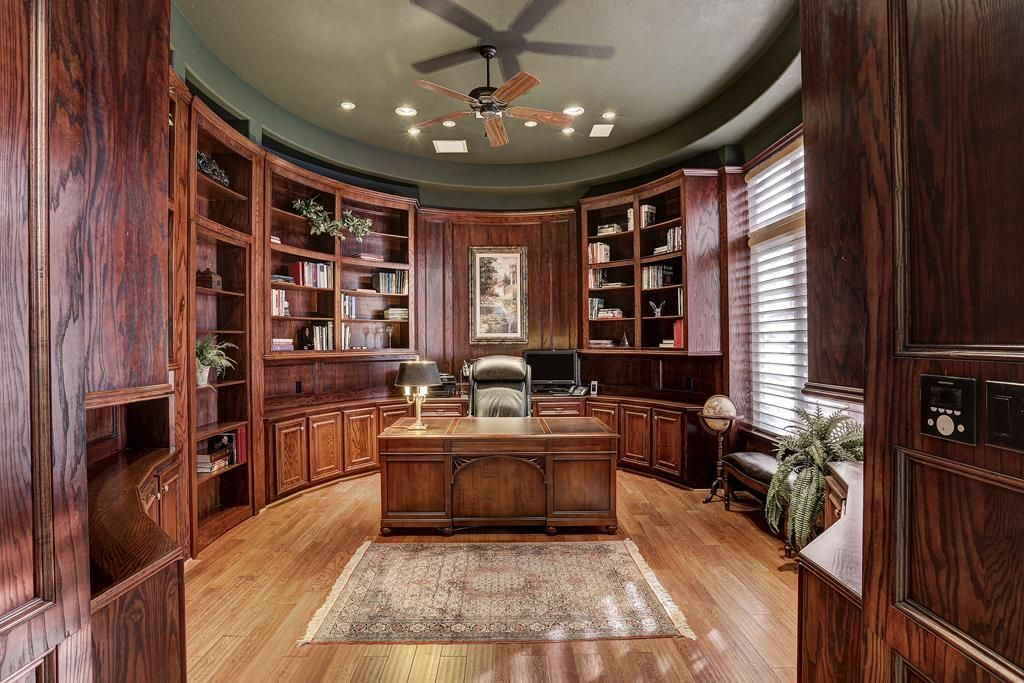 7 Paradise Point Dr Sugar Land, TX 77478: Photo There is ...