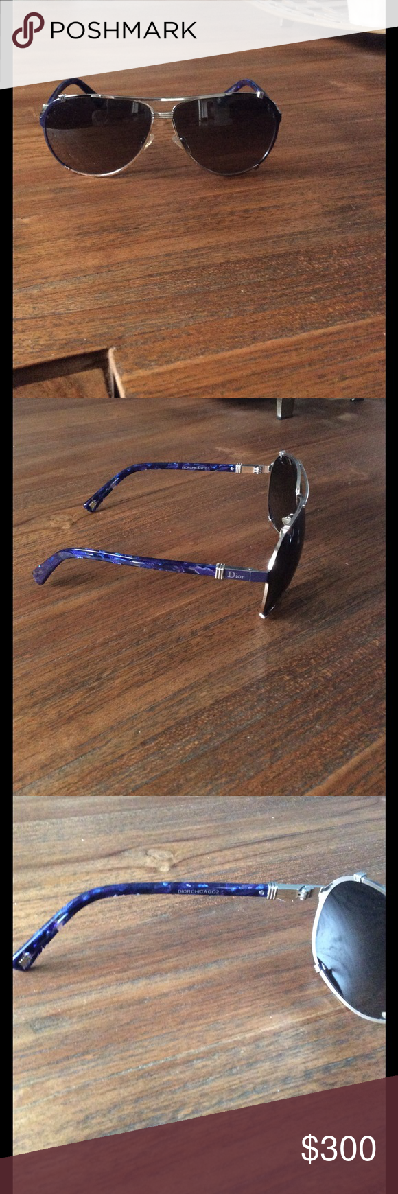 d394d4c289d NO Scratches and NOT stretched out. Like new. Aviator sunglasses
