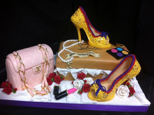 Cakeaters Edible Arts : fashionista cake by cakeaters.edible.art, via Flickr ...
