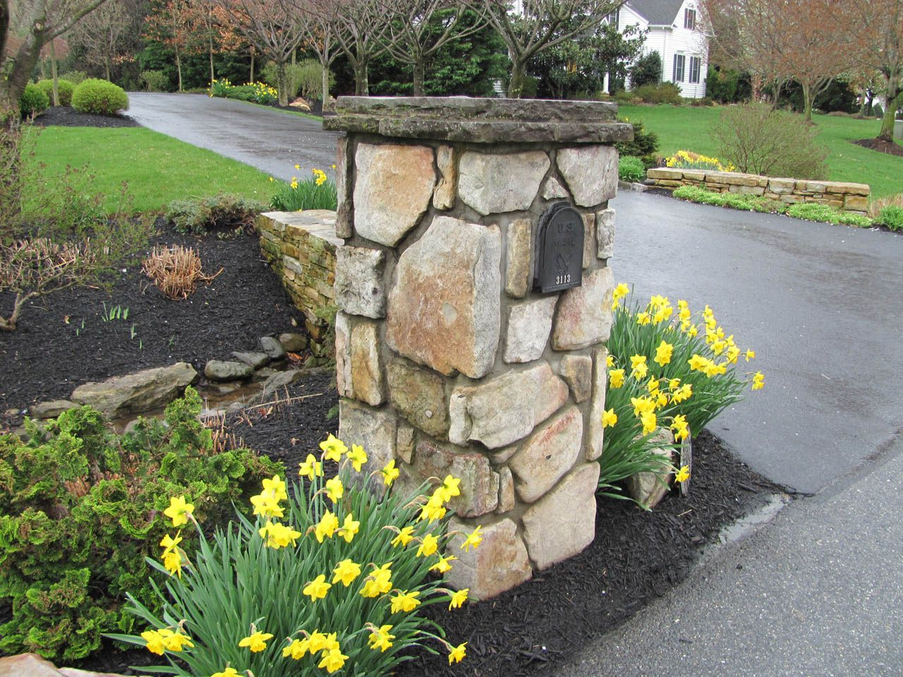 Piers And Mailboxes 7 General Landscaping Ideas 400 x 300
