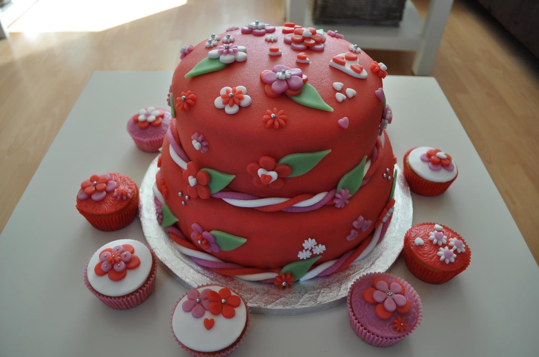 Bloemen taart   Taart, Cupcakes