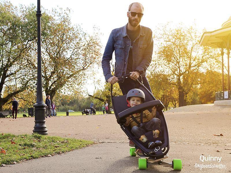 Já pensou em um longboard acoplado em um carrinho de bebê