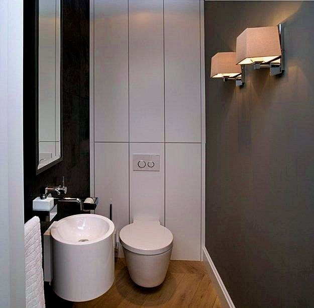 Best Ways To Redecorate With Green: Bathroom Decoration Tips. A Bathroom Looks More Elegant