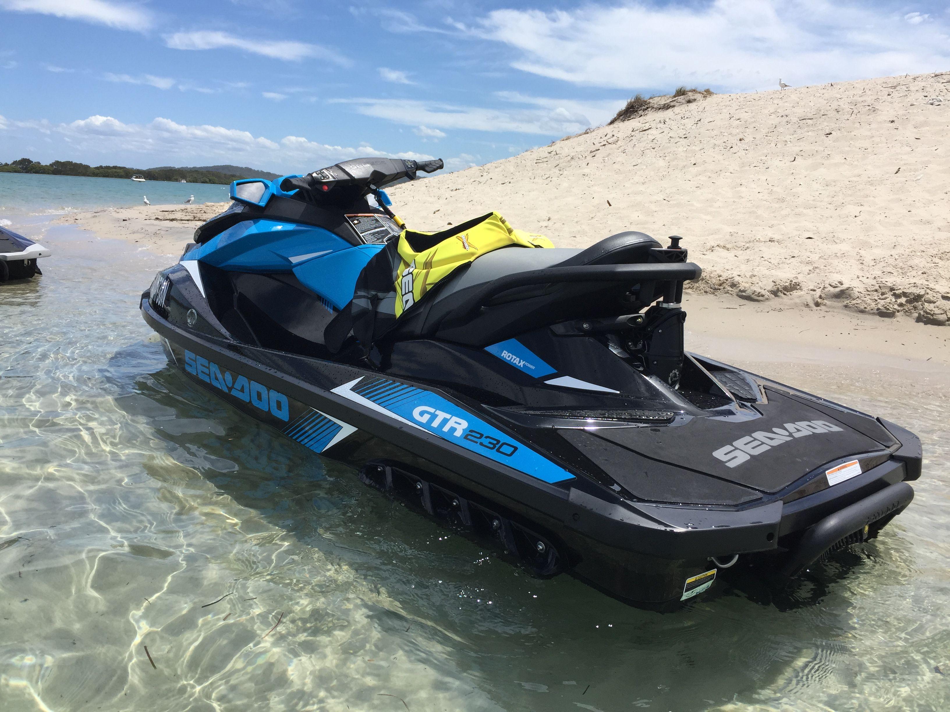 Pin By Danielle Leblanc On Water Life Ski Boats Jet Ski Wakeboarding