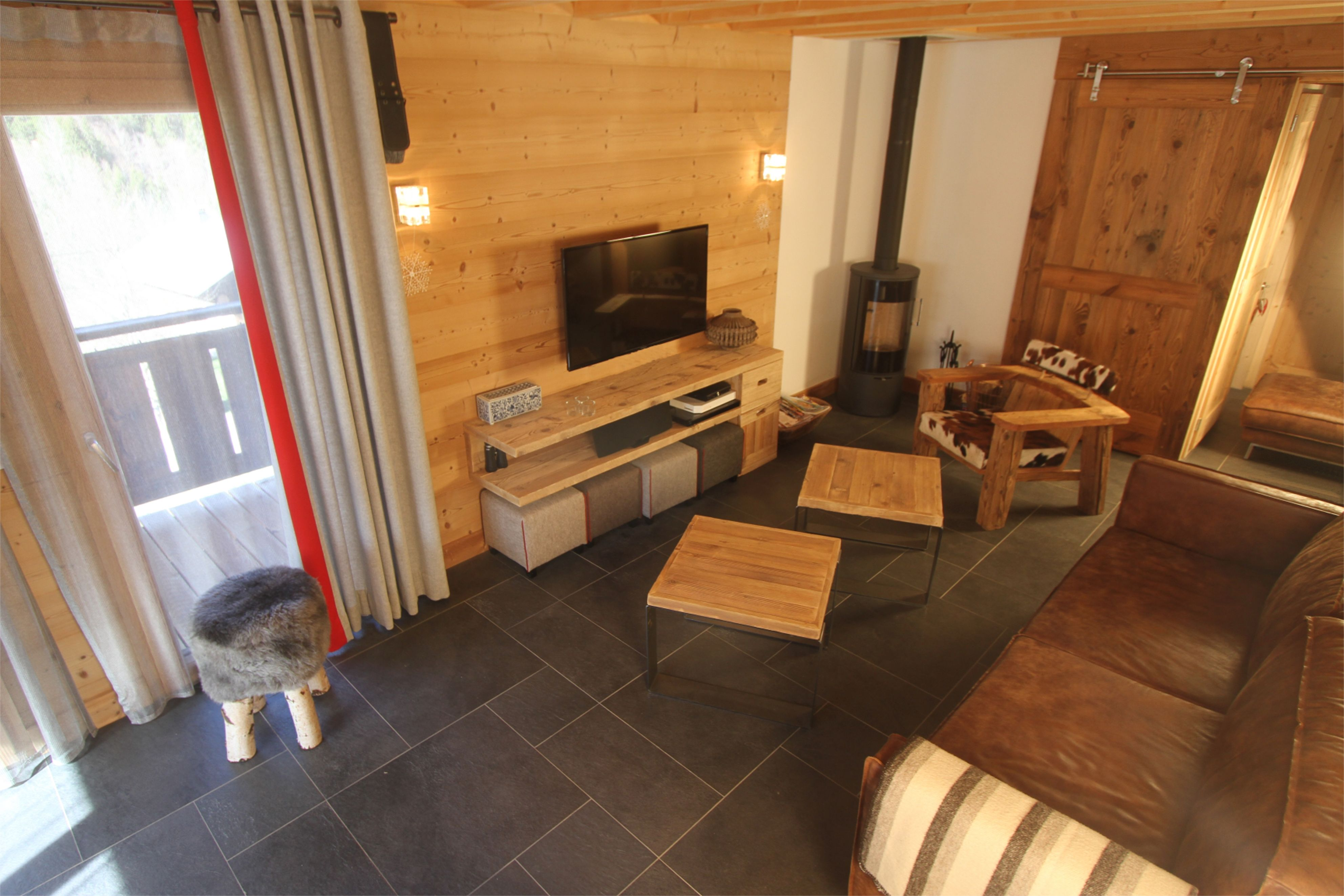 Meuble Tv En Vieux Bois Fabriqu Dans Notre Atelier Montriond En  # Meuble Tv Vieux Bois