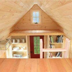 An 89 square foot home doesn't skimp on the things that matter-- a bedroom, bathroom, kitchen and even a built in desk!