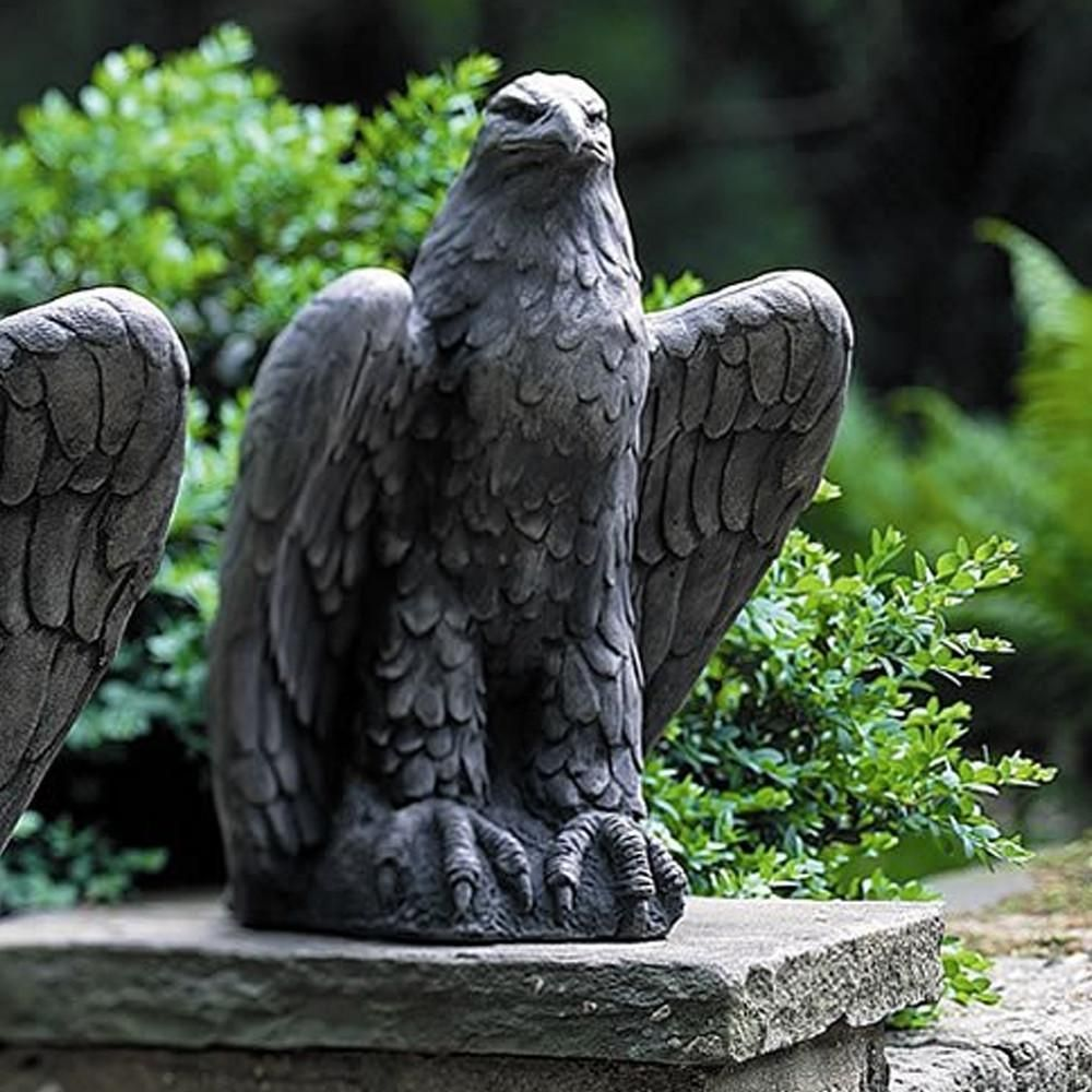 Charmant Eagle Looking Right Cast Stone Garden Statue