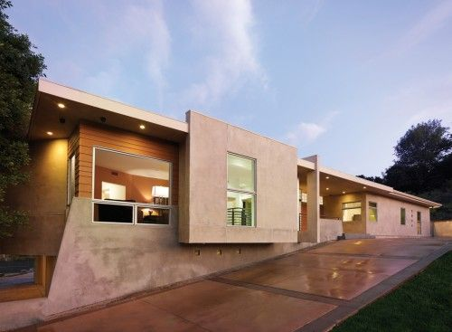 Flat Roof Probably The Most Versatile Form Of Roof Design Flat Roofs Offer A Clean Modern Look And C Flat Roof House Designs Modern Exterior Flat Roof House