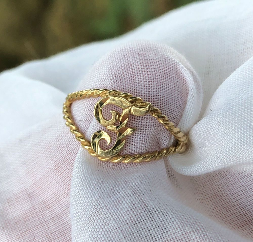 Vintage Mother Of Pearl GF  Script Initial  Pin   A