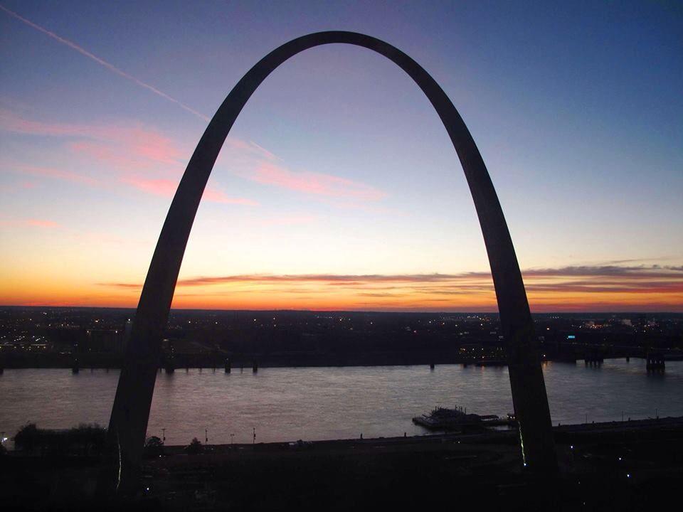 Gateway Arch at dawn looking eastward