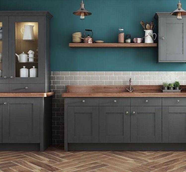 cuisine bleu canard et bois pour se plonger dans dynamisme et noblesse pinterest cuisine. Black Bedroom Furniture Sets. Home Design Ideas