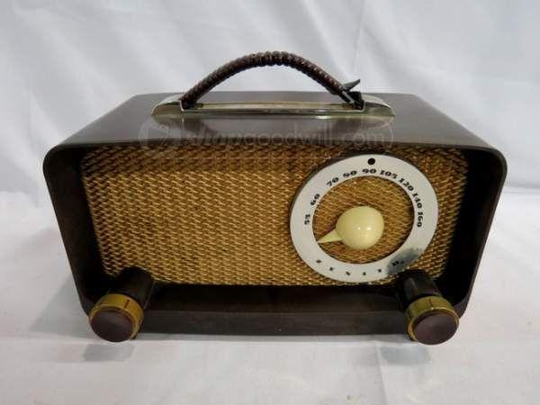 Vintage 1950 Zenith G511 Bakelite Tube Dial Radio | Vintage