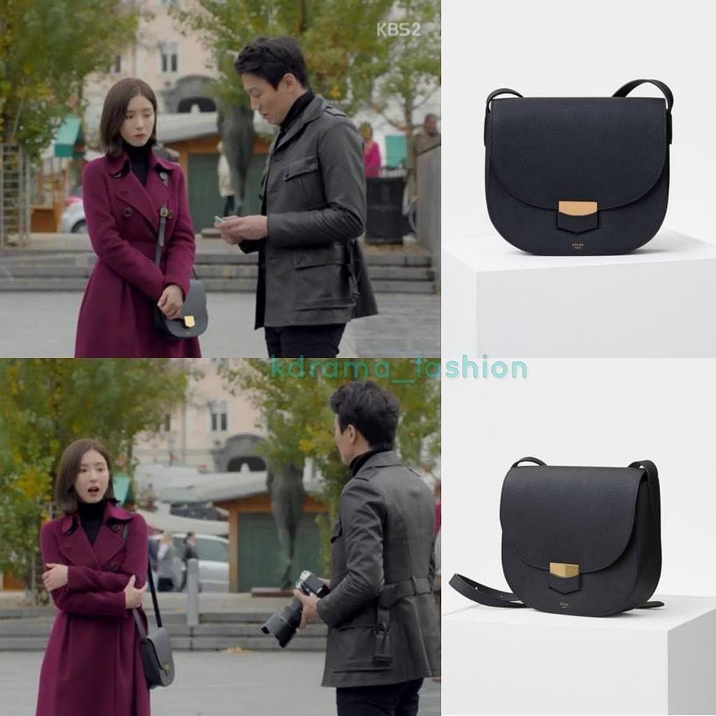 Repostby Kdrama Fashion Shin Se Kyung Carried Cline Trotteur Bag Tendencies Tshirt Lazy Hitam Xxl Compact Model In Grained