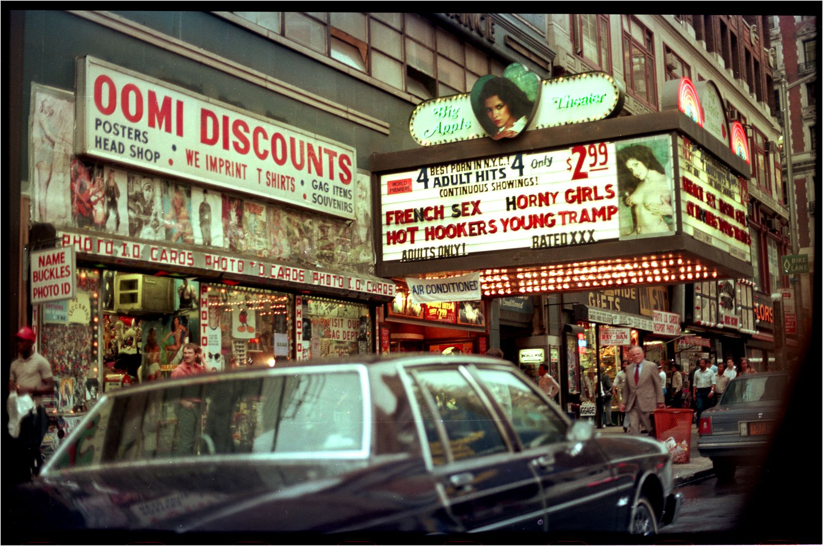 Big Apple Theater Times Sq 1985 Nyc Big Apple Drive In Theater
