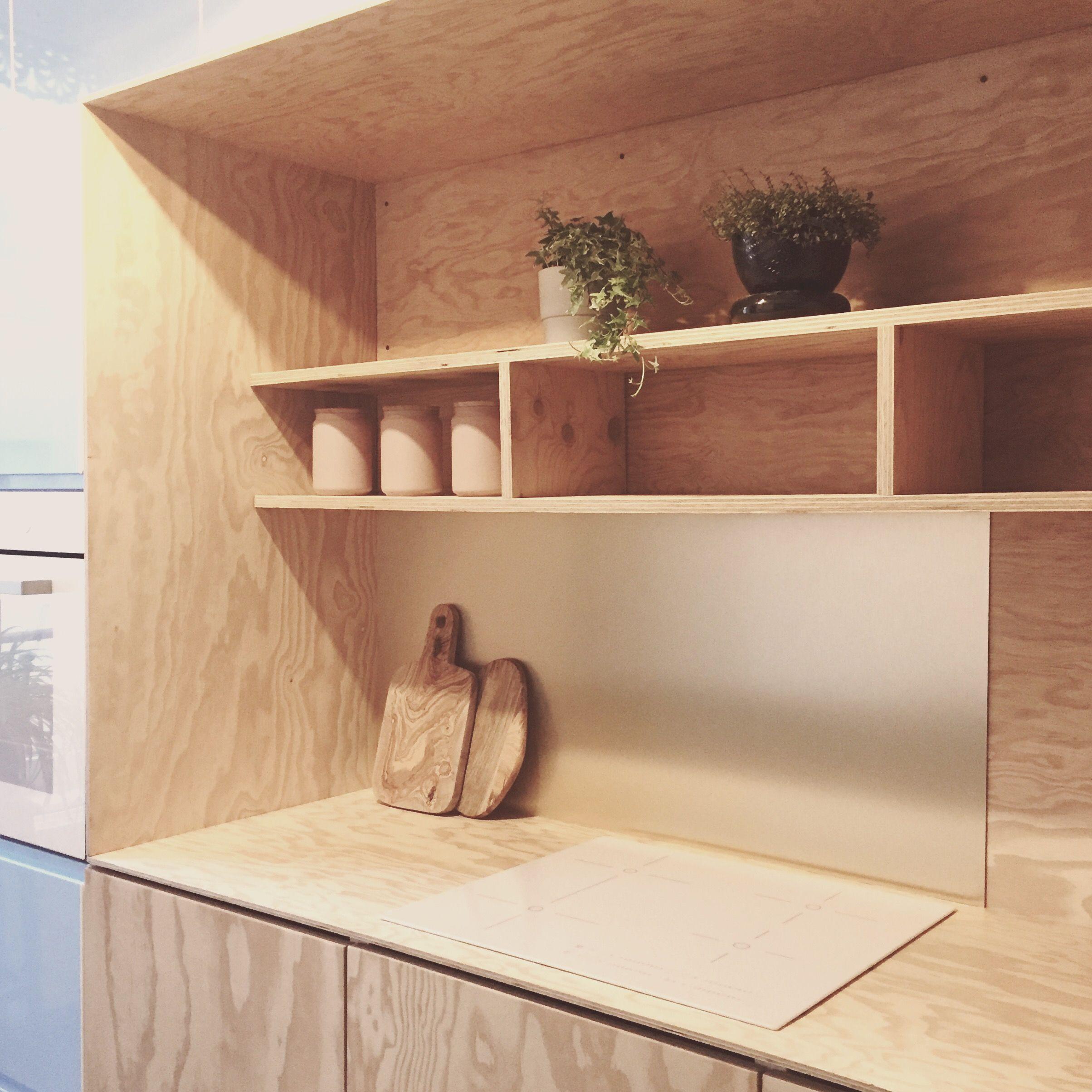Comment Refaire Un Plan De Travail plywood kitchen crédence or métal plan de travail