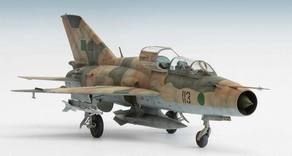 MiG-21UM Trumpeter 1/48  - Ready for Inspection - Aircraft