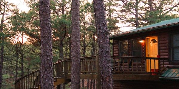The Nest Is A Unique Cabin With Its Own Private Pool For Use During The Summer Months Beavers Bend State Park