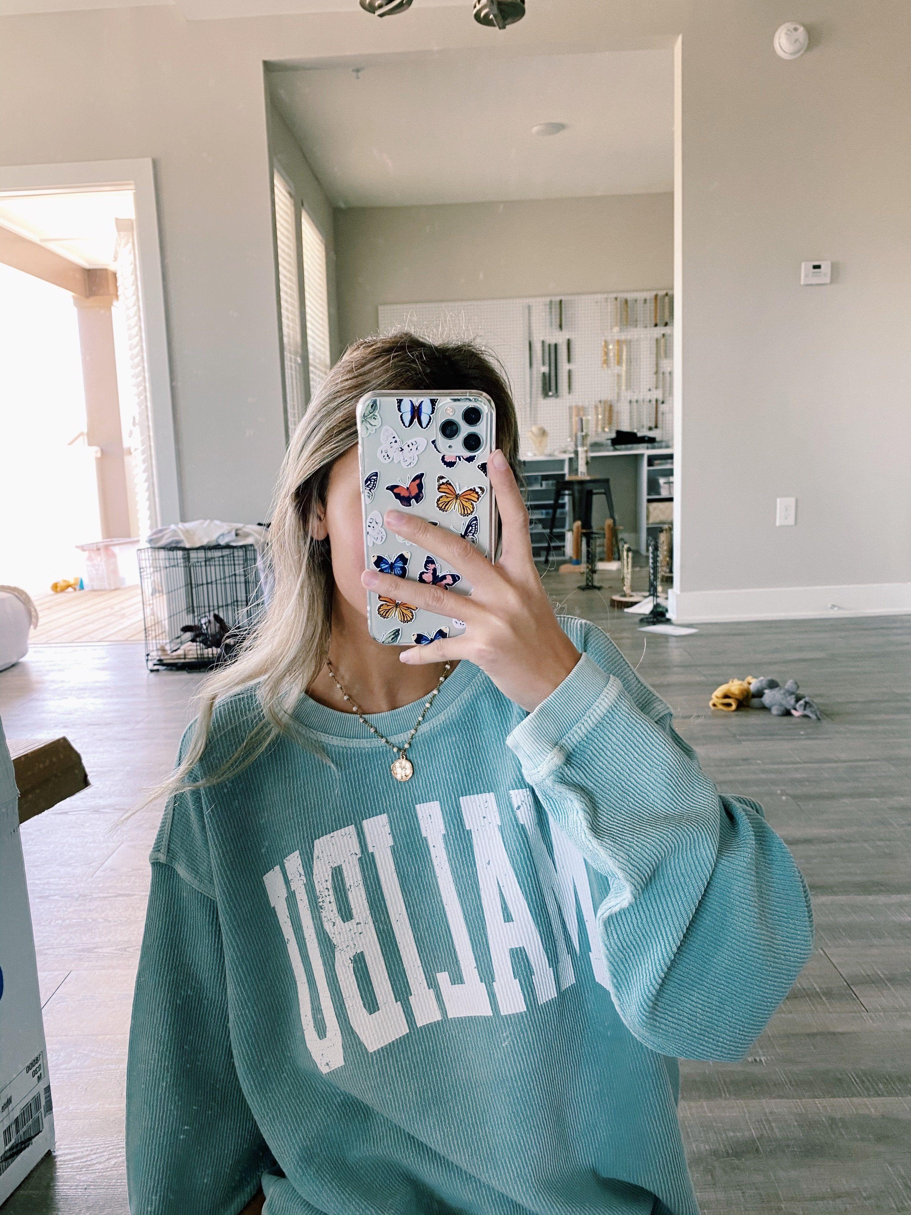 Malibu Corded Sweatshirt Medium Sweatshirts Oversized Sweatshirt Outfit Cute Lazy Outfits [ 4032 x 3024 Pixel ]