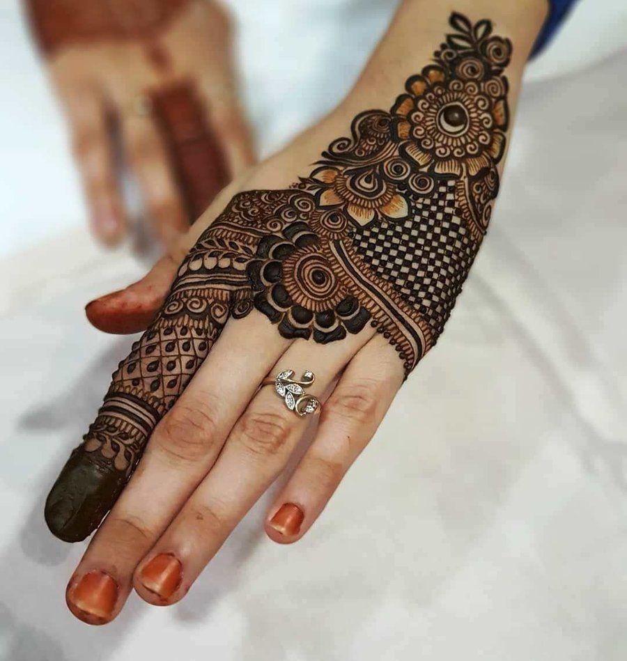 best mehendi designs for back hand