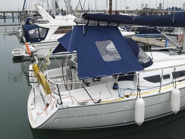 Make a boom tent for your cockpit – Practical Boat Owner