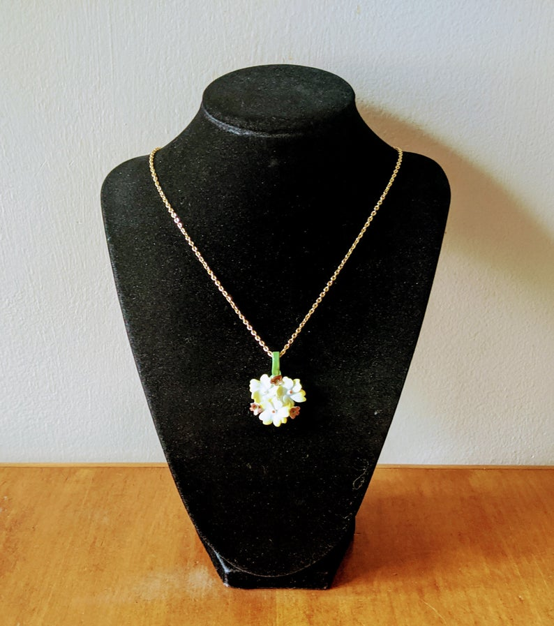 Solid Gold Floral Necklace Gift For Woman Nature Jewelry 9K 14K 18K Rose Gold Necklace Gold Flower and Leaf Lariat Blooming Necklace