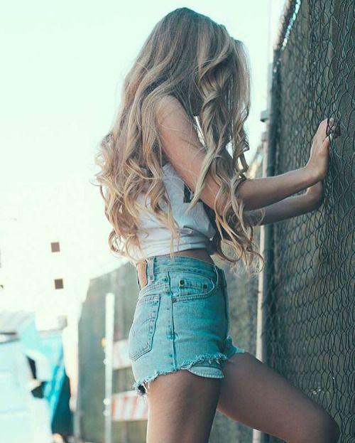 IG: laceynwalker http://www.qunel.com/  fashion street style beauty makeup hair men style womenswear shoes jacket