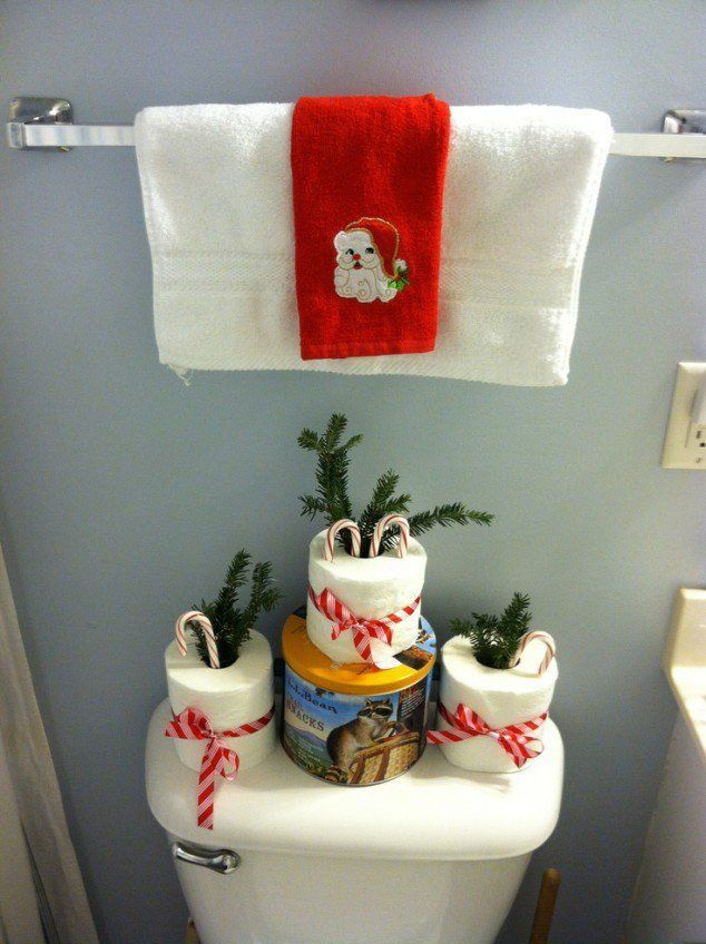 Looking To Decorate For The Holidays Dont Forget The Bathroom