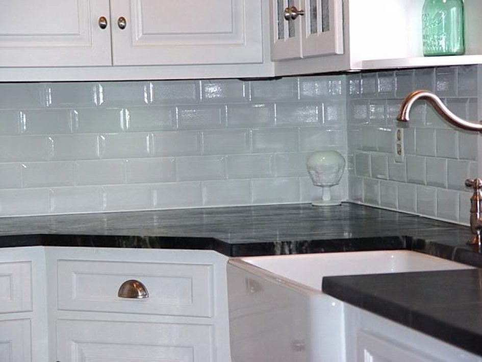 Kitchen Gl Tile Backsplash Pictures For Colored Ceramic Subway Colors Lowes Teal Gray Outlet Mirror Beveled Wall Stone Tiles Price Mosaic Designs