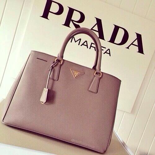 2bdad325ae7 3  3 Prada   Bag it!!!   Pinterest   Bag