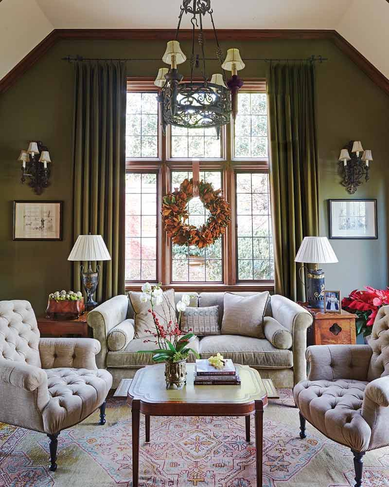 Magnolia Homes Interiors: Which Side Of Magnolia Leaves Do You Prefer—the Glossy