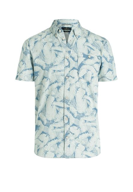 Ziemlich angesagt und lässig schafft dieses Kurzarmhemd einen extracoolen Look. Die interessante Musterung mit der hochwertigen Baumwoll-Qualität schafft ein Eyecatcher-Piece, das gewiss die Blicke auf sich ziehen wird.