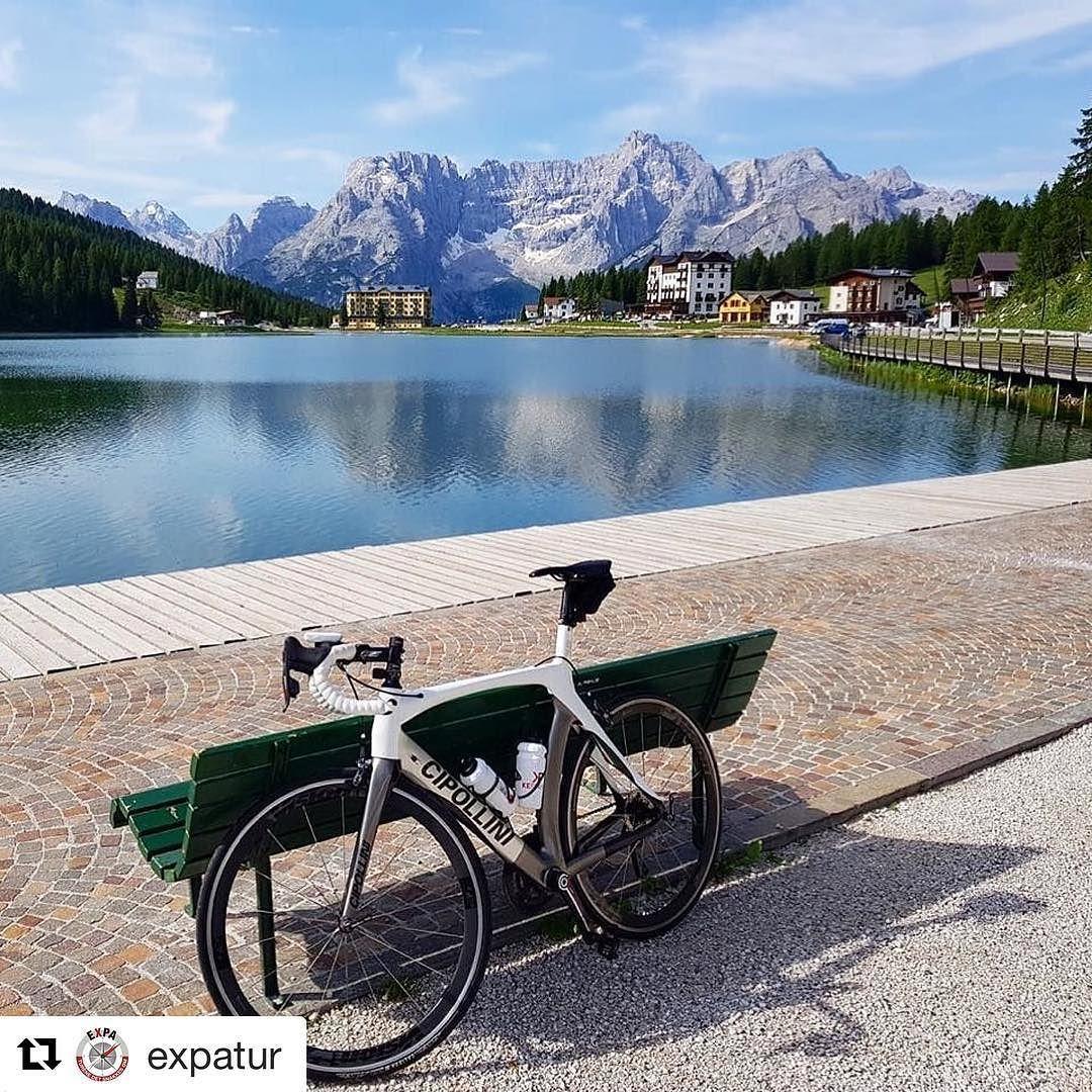 En fryd for øyet. #reiseliv #reisetips #reiseblogger #reiseråd  #Repost @expatur (@get_repost)  Dolomittene altså! #sellaronda #dolomittene #expatur #aktiveturer #teamexpa #summerlikethis