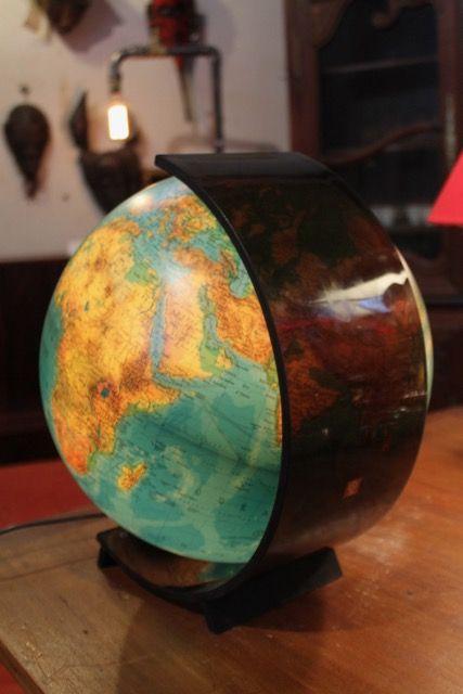 globe terrestre vintage ann e 70 toulouse 31 antiquit s brocante en ligne puces d 39 oc. Black Bedroom Furniture Sets. Home Design Ideas
