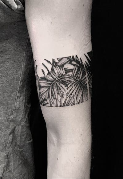 Trending Dotwork Tattoos | Search in +1.1M Tattoos Now -   17 plants Tattoo arm ideas