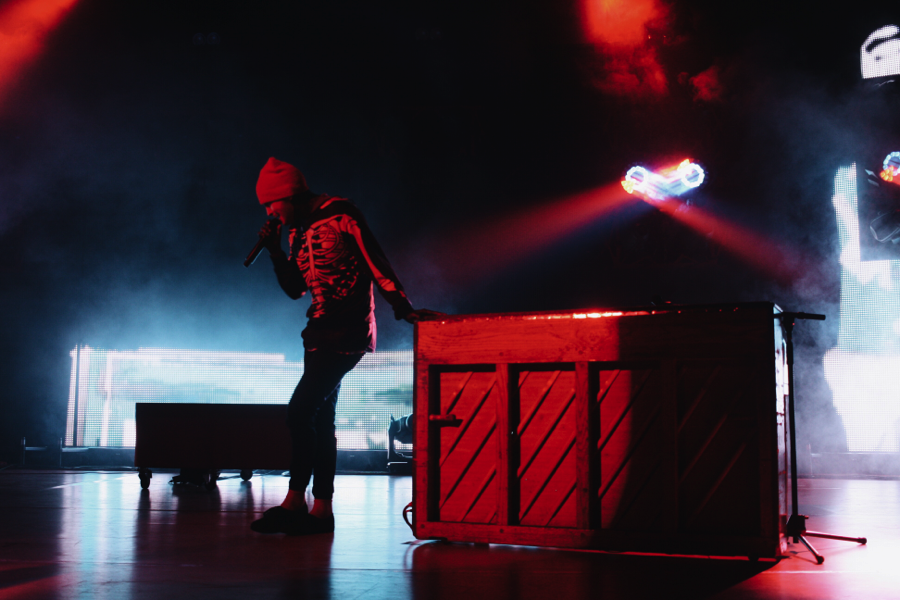 Image result for twenty one pilots red aesthetic & Image result for twenty one pilots red aesthetic | Aesthetic ... azcodes.com
